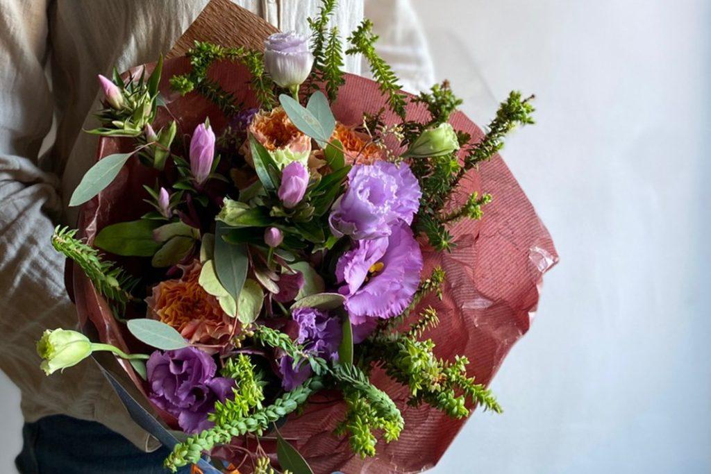 ewaluエワルのオーダーメイドブーケ・花束(縦横25cm×高さ30cm)